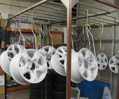Large Alloy Powder Coating White Wheels